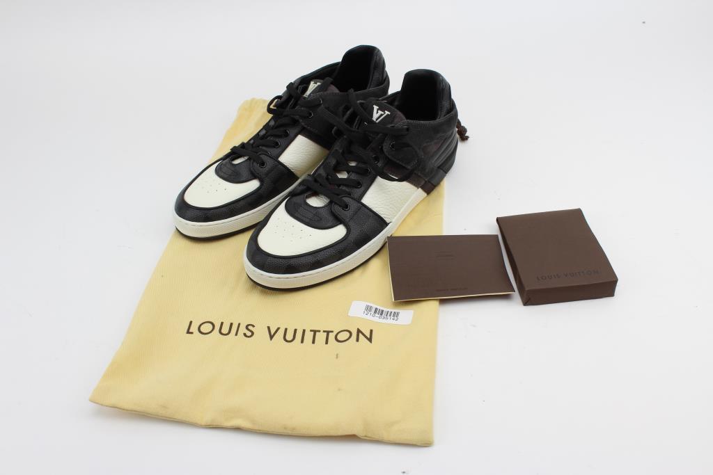 166b7bb54131 Image 1 of 7. Louis Vuitton Men s Shoes