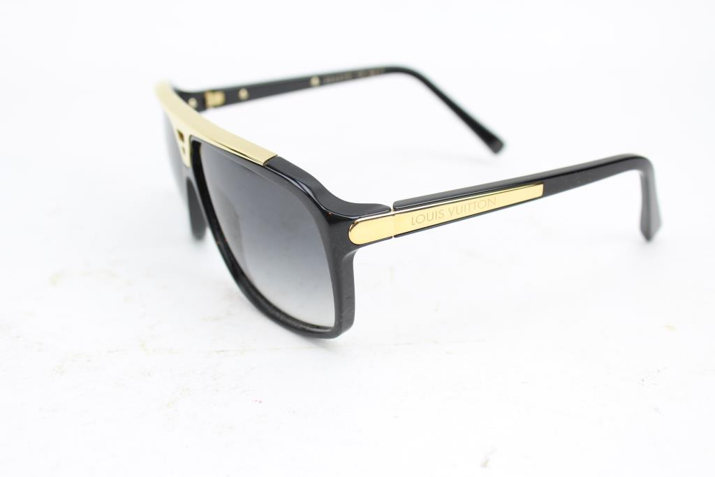Louis Vuitton Women\'s Sunglasses | Property Room