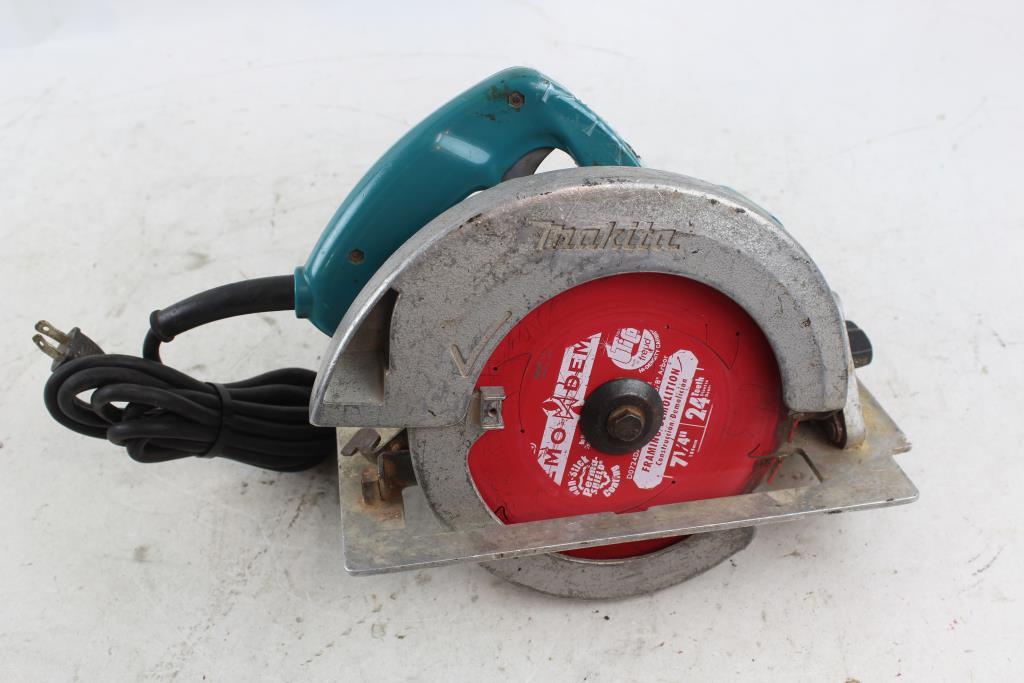 Makita circular saw model 5007nb