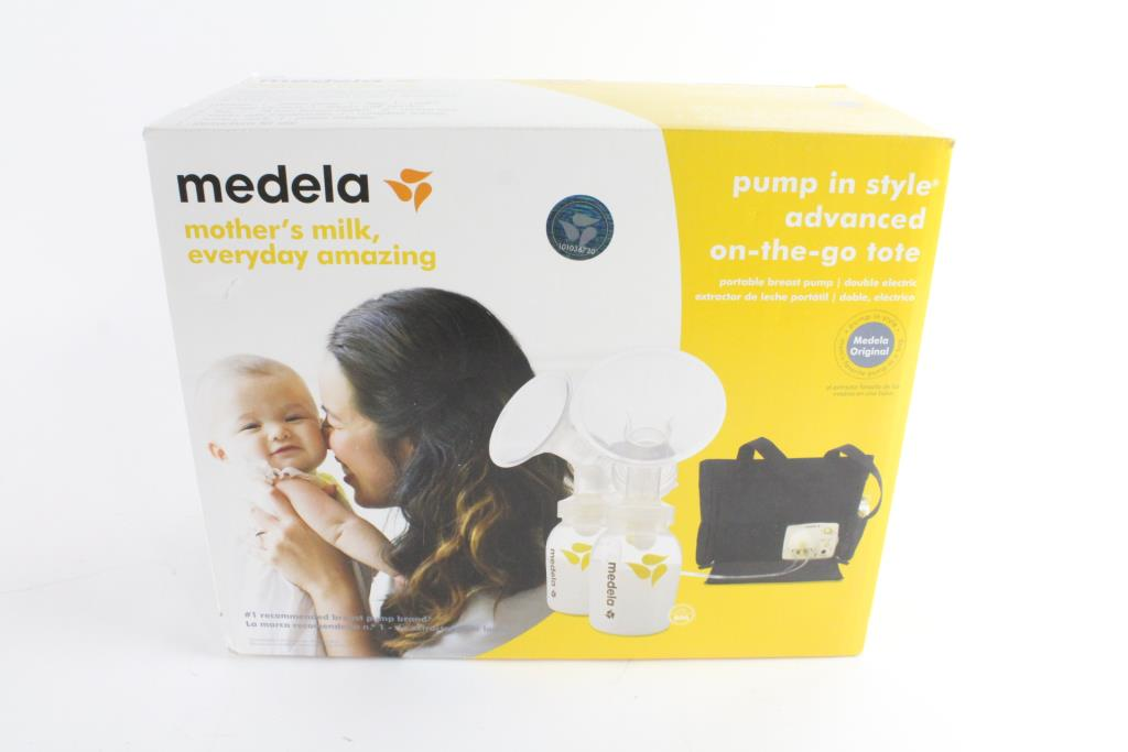 Medela Pump In Style Advanced On The Go Tote Breast Feeding Kit Property Room
