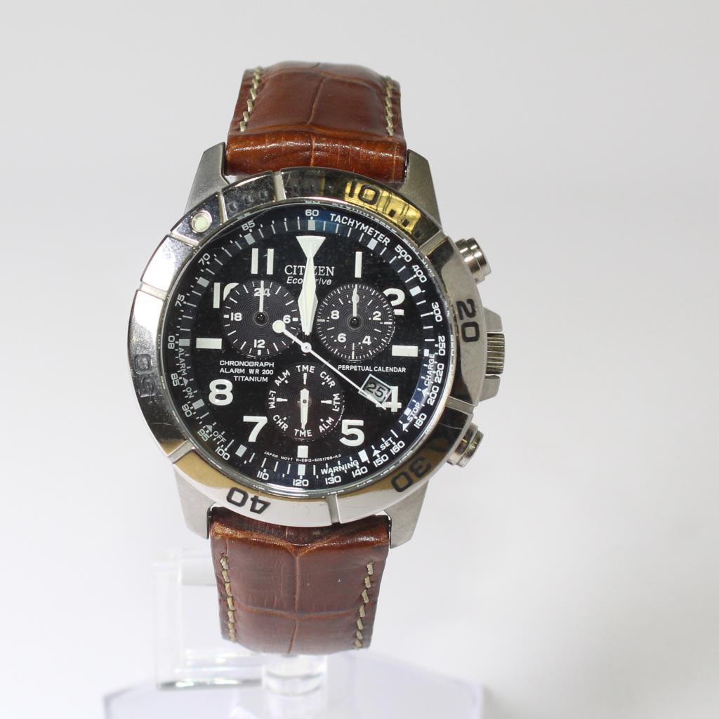 127f13f055a9a8 Mens Citizen Eco-Drive Watch With Brown Leather Band | Property Room