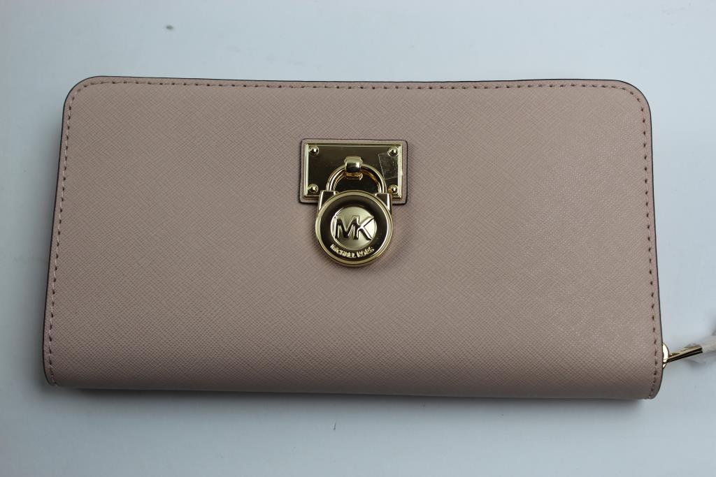 76c00c5604914a Michael Kors Hamilton Traveler Ballet Pink Leather Large Zip Around Wallet