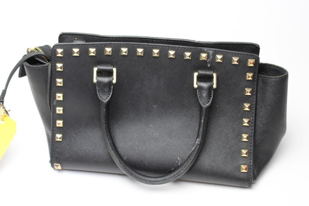 4e7b0062dd9b11 Michael Kors Selma Medium Studded Leather Messenger Handbag ...