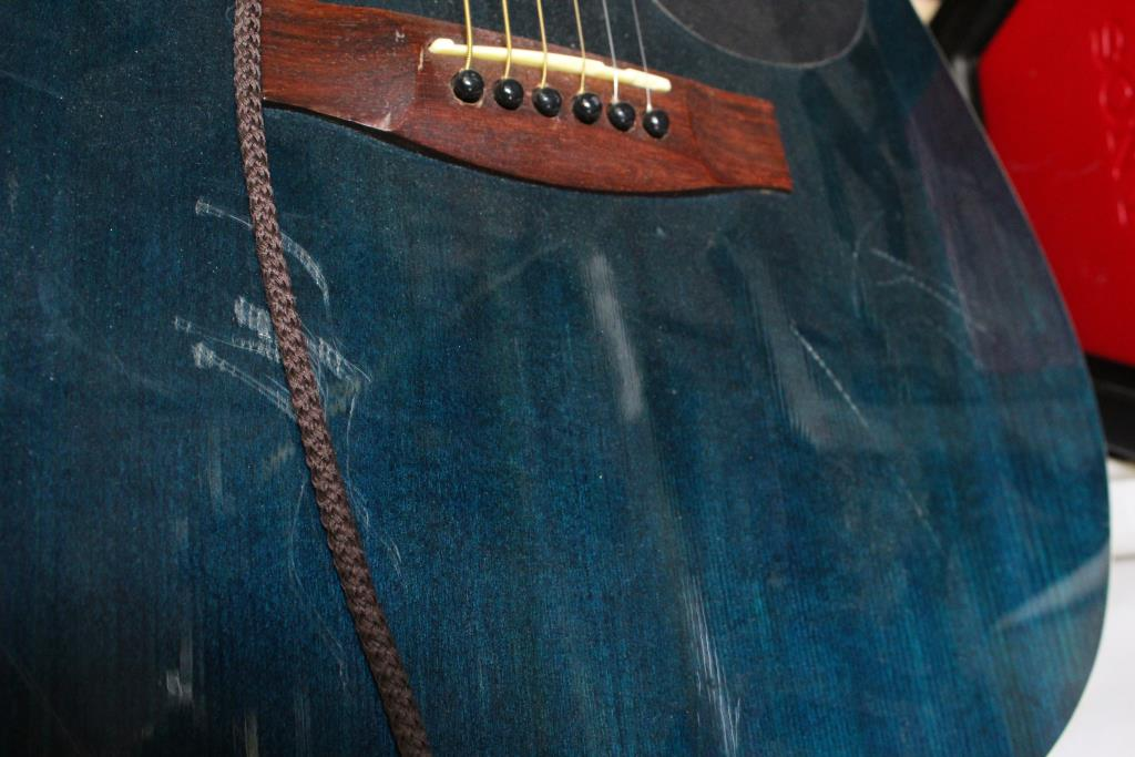 mitchell guitar serial number lookup