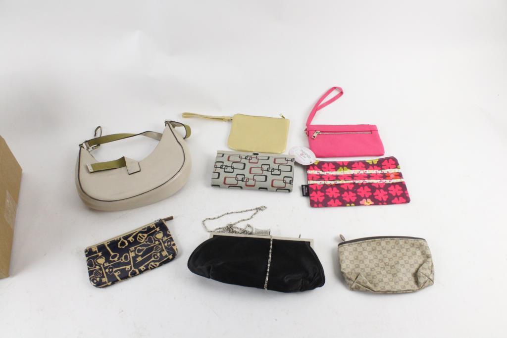 Mondani Handbag And More 7 Pieces