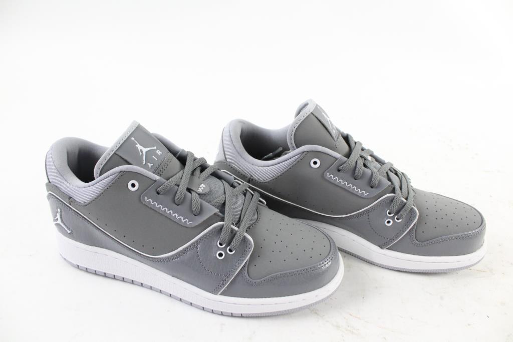 best cheap 7b2ac 9b99e Nike Air Jordan 1 Flight, Youth Size 7 | Property Room