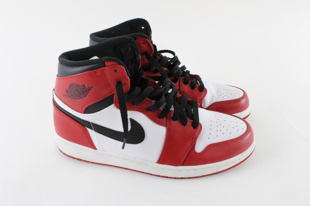 the latest 71c15 cfe34 Nike Air Jordan 1 Retro High Mens Shoes, Size 12 | Property Room