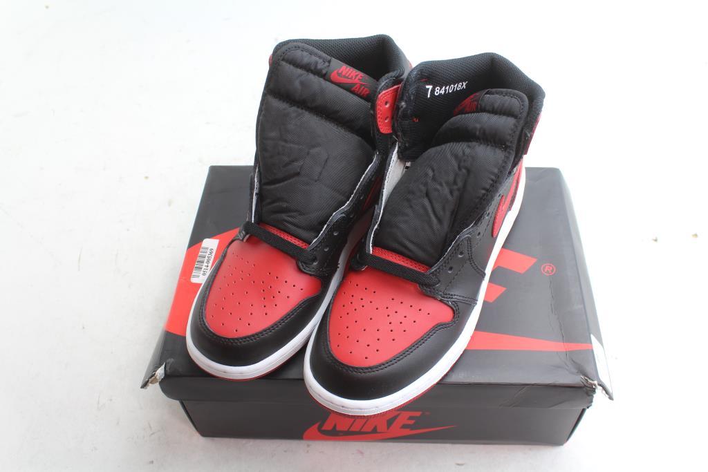 Retro High OG BG Boys Shoes; Size 7Y