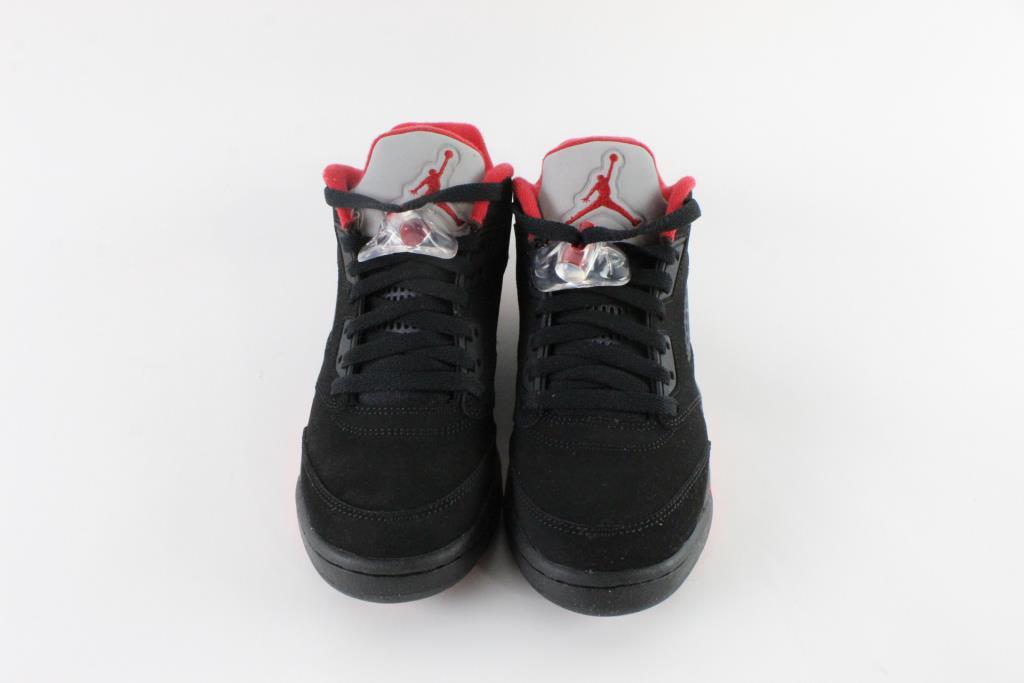 official photos f3195 714c8 Nike Air Jordan 5 Retro Low Boy s Shoes, Size 7Y