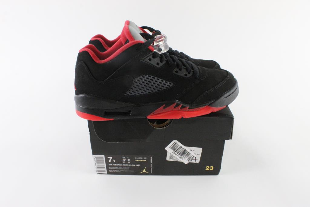 online store c3d69 6b849 Nike Air Jordan 5 Retro Low Boy's Shoes, Size 7Y | Property Room