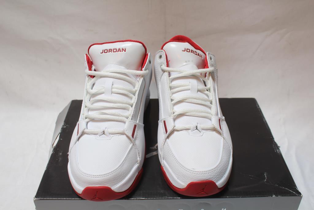 low priced d02af 286c8 Nike Air Jordan Hoops Low Men s Shoes, Size 8
