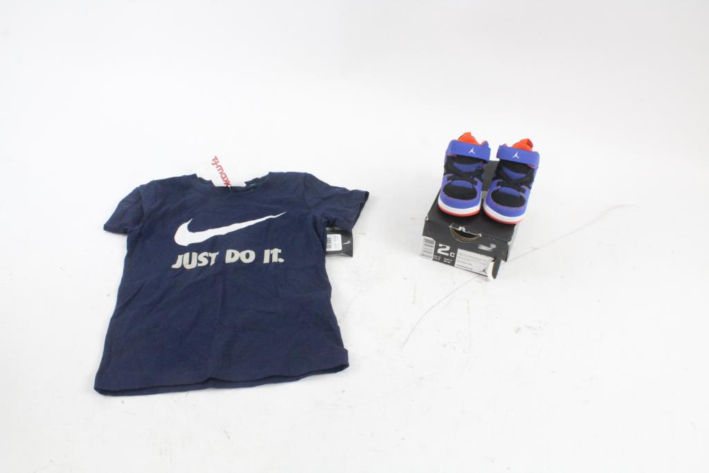 Nike Air Jordan Shoes And Nike Shirt 2c851d48b