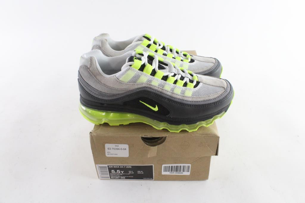 meet cheap entire collection Max Air ShoesSize Room Kids 5 7 5YProperty 24 Nike gy6vb7Yf