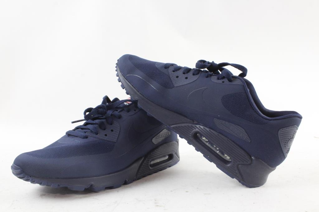 pretty nice 5589d 255e8 Nike Air Max 90 Men's Shoes, Size 11   Property Room