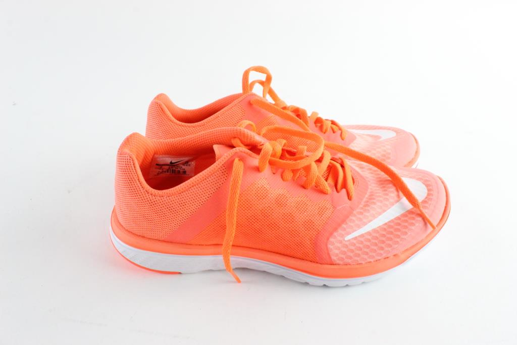 new product a4d8e c686d Nike FS Lite Run Womens Shoes, Size 8 | Property Room