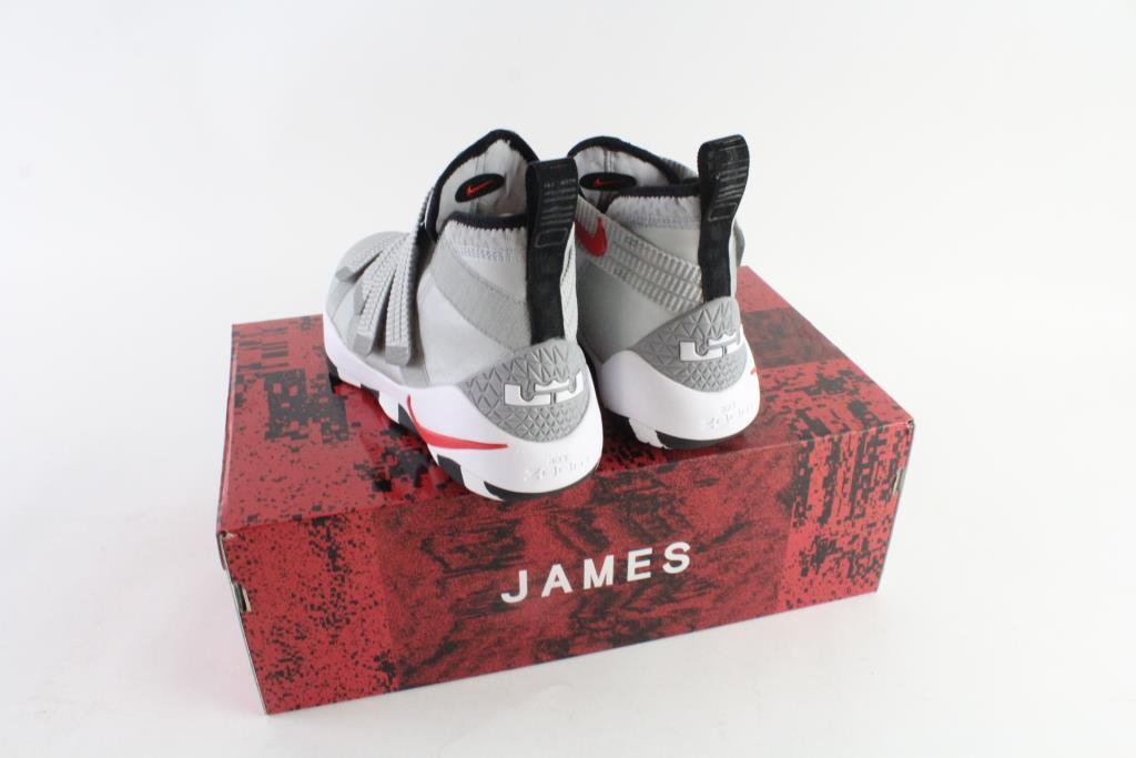 cdd397b8ff3 ... official nike lebron james x shoes b9b8c 90818