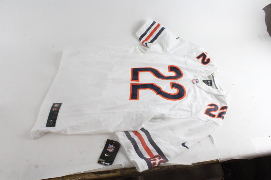 timeless design 6f149 a3f1b Nike Mens NFL Chicago Bears Jersey, Size Large | Property Room