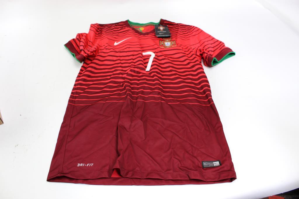 detailed look 1cadb b0994 Nike Ronaldo Portugal National Team Jersey, Size S ...