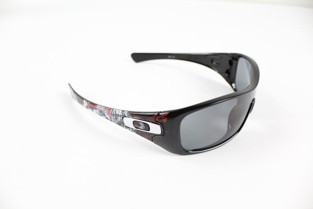 d3384cfa716 Oakley Antix Men s Sunglasses