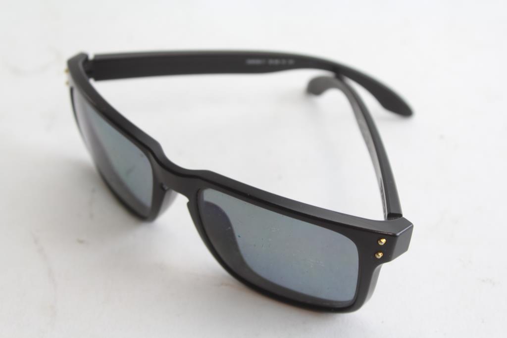 a6b99a3b5f45 Oakley Holbrook Polarized Shaun White Signature Series Mens Sunglasses