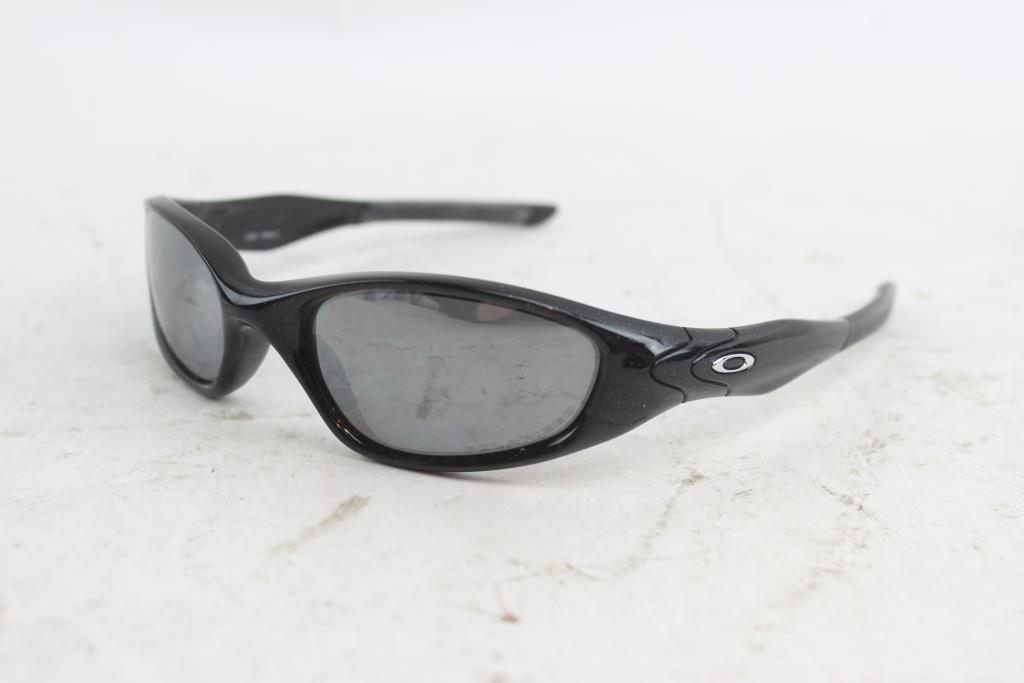 2 Oakley SunglassesProperty Men's Minute Room 0 9HIEW2D