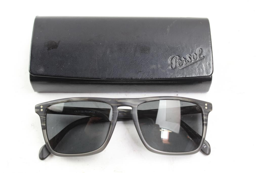e3390a60747 Oliver Peoples Mens Sunglasses | Property Room