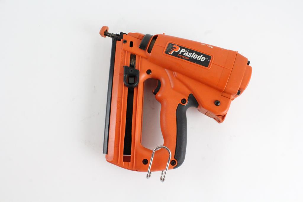 Paslode Cordless 16 Gauge Angled Finish Nailer Property Room