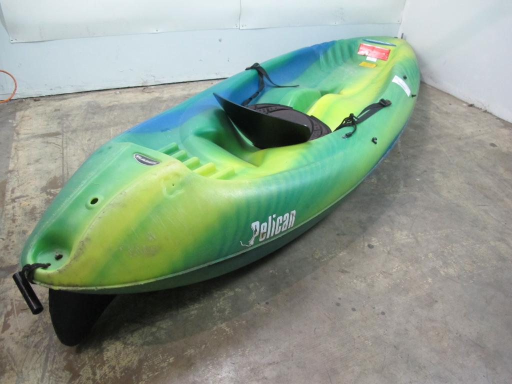 Pelican Kayak, ***FLORIDA APPT ONLY*** | Property Room