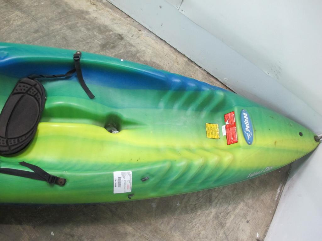 Pelican Kayak, ***FLORIDA APPT ONLY*** | Property Room