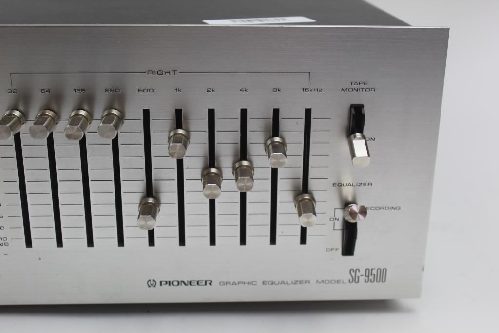 Pioneer Graphic Equalizer | Property Room