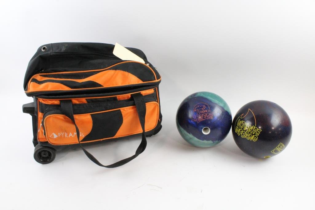 Pyramid Double Roller Bowling Bag With Balls 3 Pieces