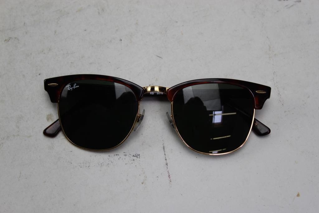 e25bc16ebb Image 1 of 4. Ray Ban RB3016 Clubmaster Sunglasses