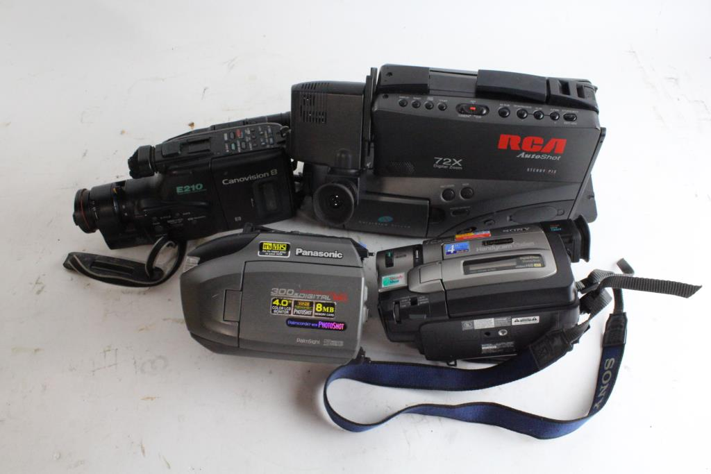 Rca Vhs Camcorder And More 5 Pieces Property Room