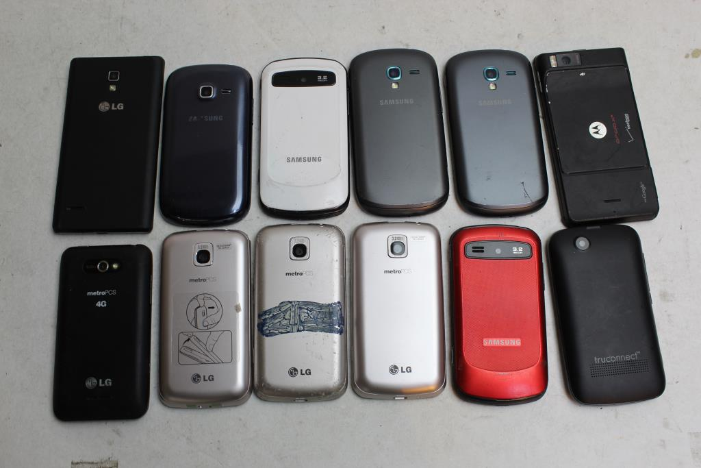 Samsung, Lg, Motorola, Tru Connect Cell Phone Lot, 12 Pieces, Sold