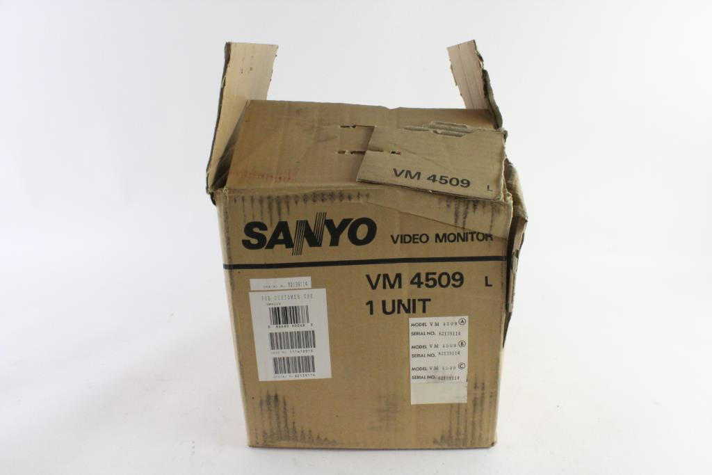 Sanyo Vintage CRT Monitor | Property Room