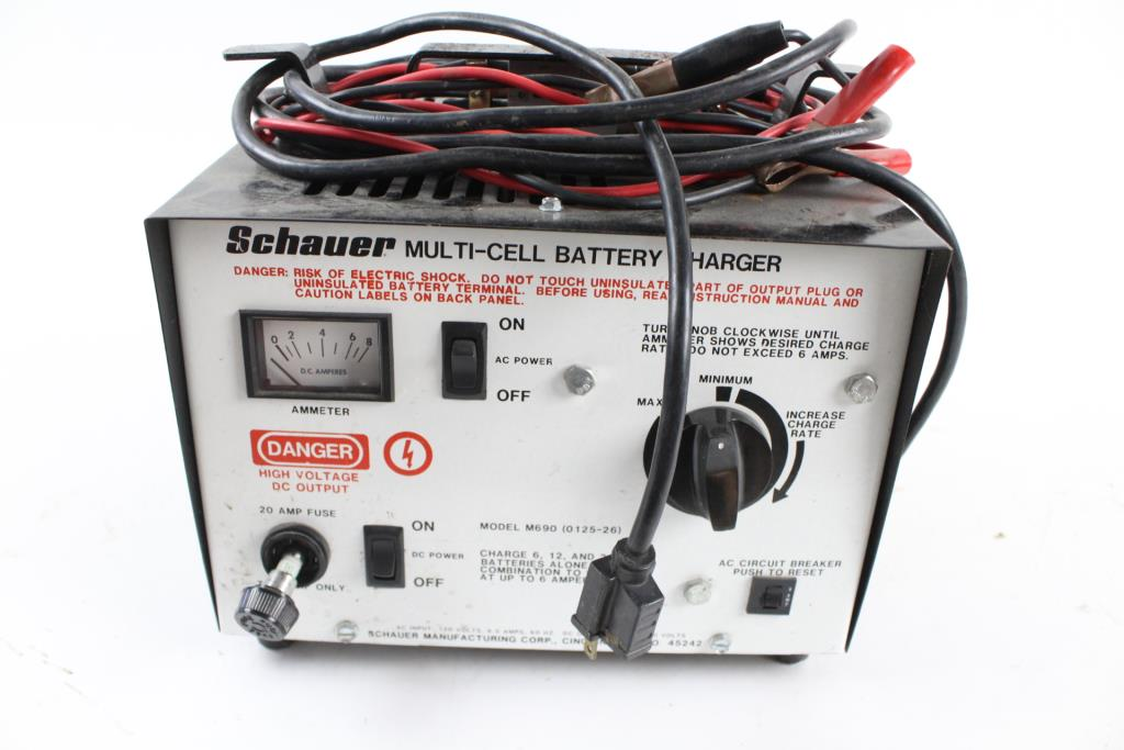 schauer multi cell battery charger property room rh propertyroom com Schauer Battery Charger 6 Amp Car Battery Charger