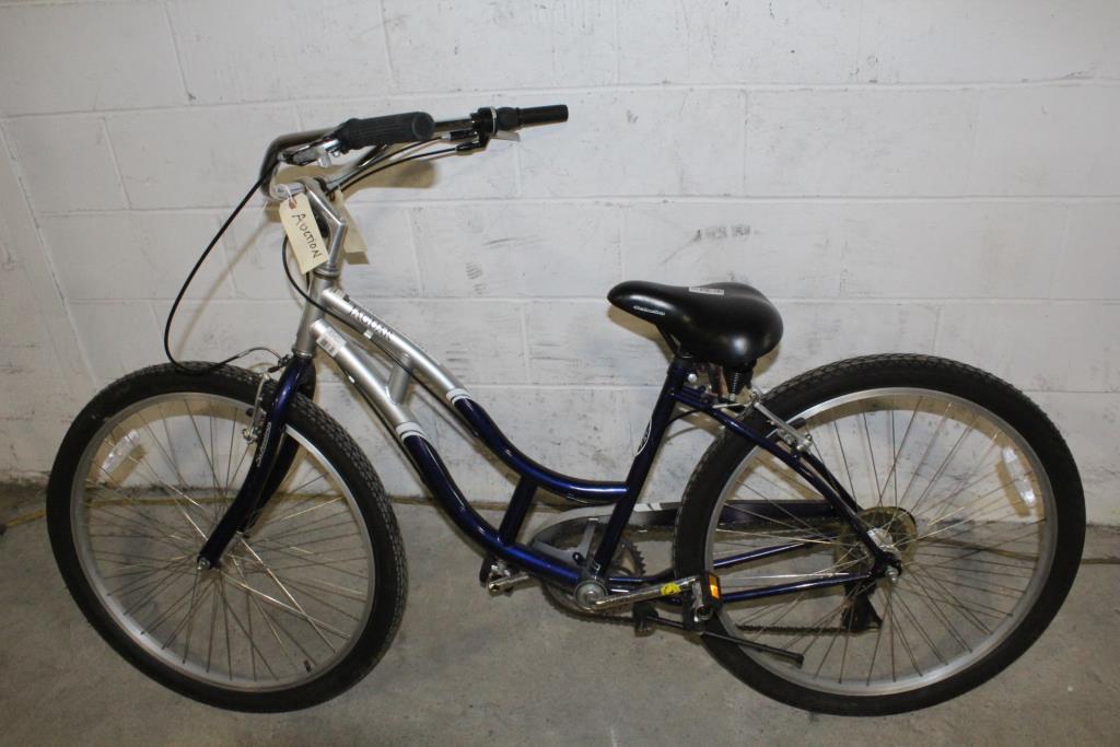 1d0980b426d Schwinn Jaguar Cruiser Bike | Property Room