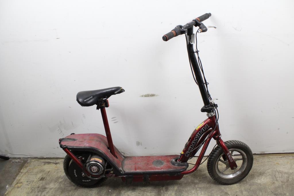 Schwinn S500 Electric Scooter Property Room