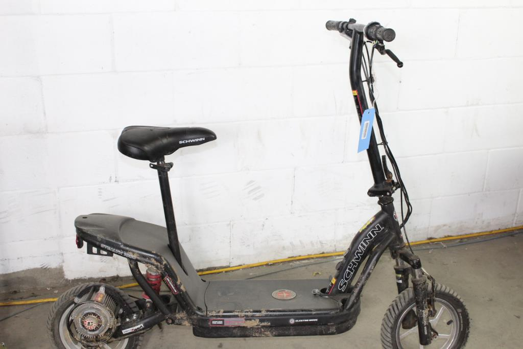 Schwinn Stealth S1000 Electric Scooter