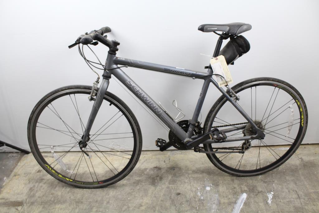 Schwinn Tourist Road Bike | Property Room