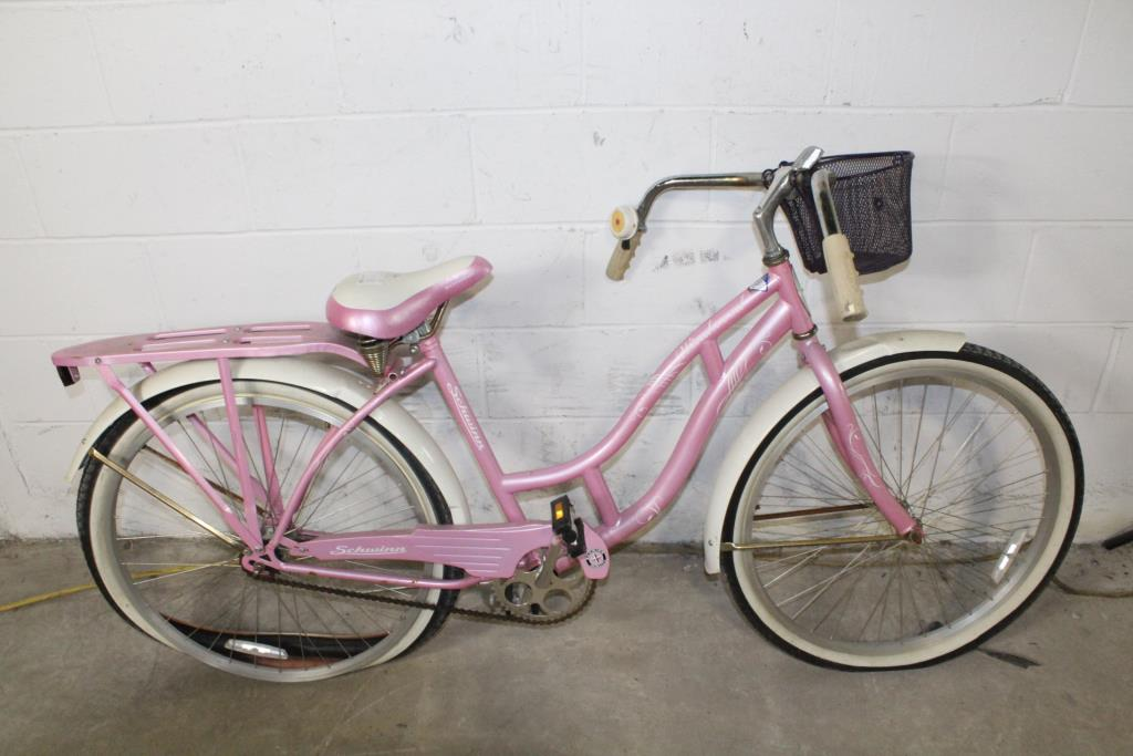 Schwinn Windwood Cruiser Bike | Property Room