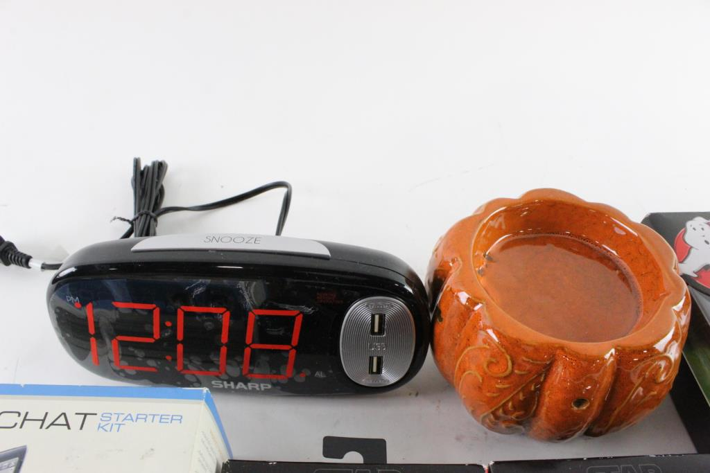 Sharp Alarm Clock And More, 5+ Pieces | Property Room
