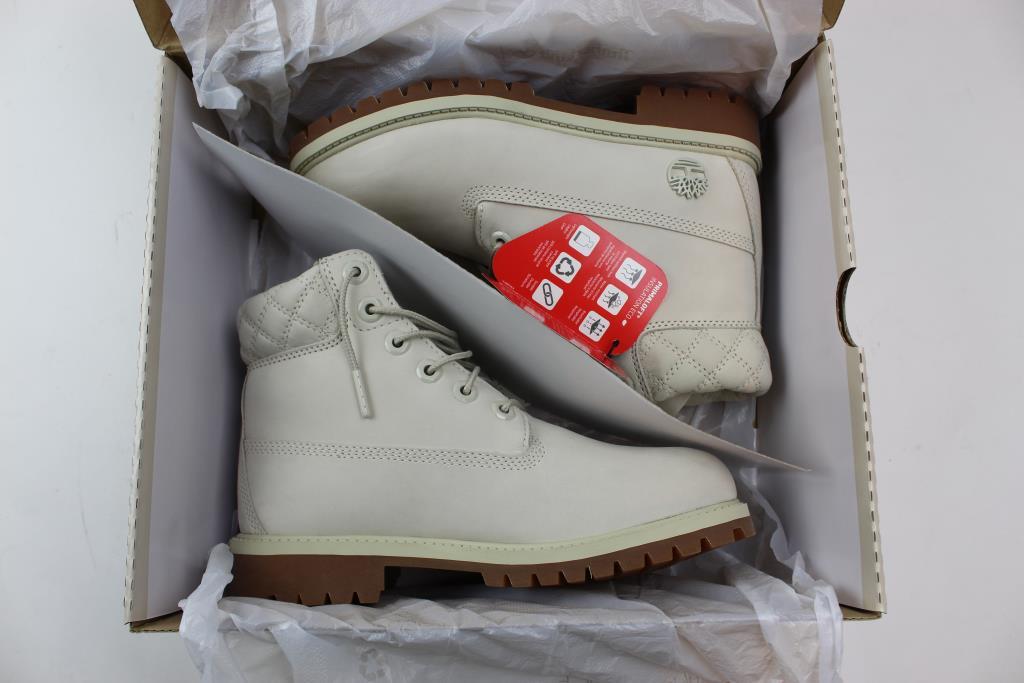 f8c1f39506e Shoe Palace Timberland Juniors Boots Size 4 | Property Room