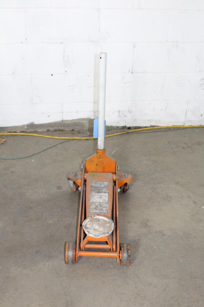 Shop Craft Heavy Duty 2 1 4 Quot Hydraulic Floor Jack