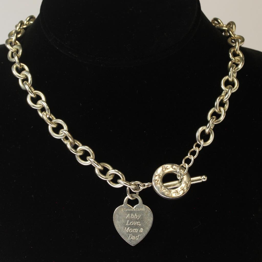 Silver 74g tiffany co heart charm toggle choker necklace with bag silver 74g tiffany co heart charm toggle choker necklace with bag aloadofball Image collections