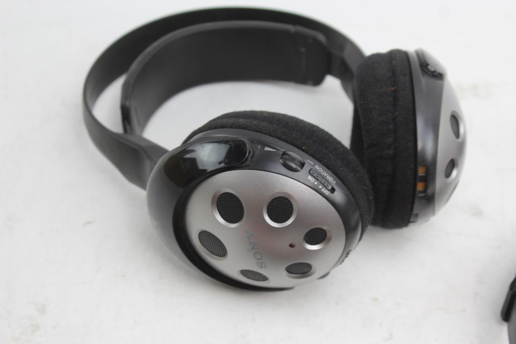 sony ihome manhattan headphones headlamp 6 items property room rh propertyroom com sony ihome alarm clock sony ihome clock radio manual