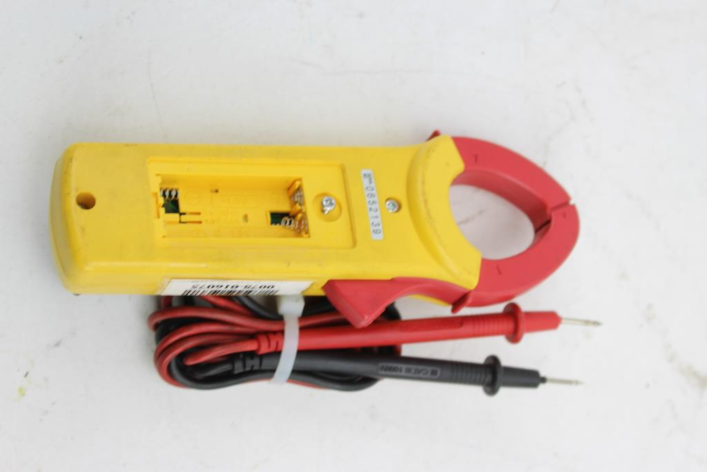 Used sperry dsa-500 digital snap around digital clamp multimeter.