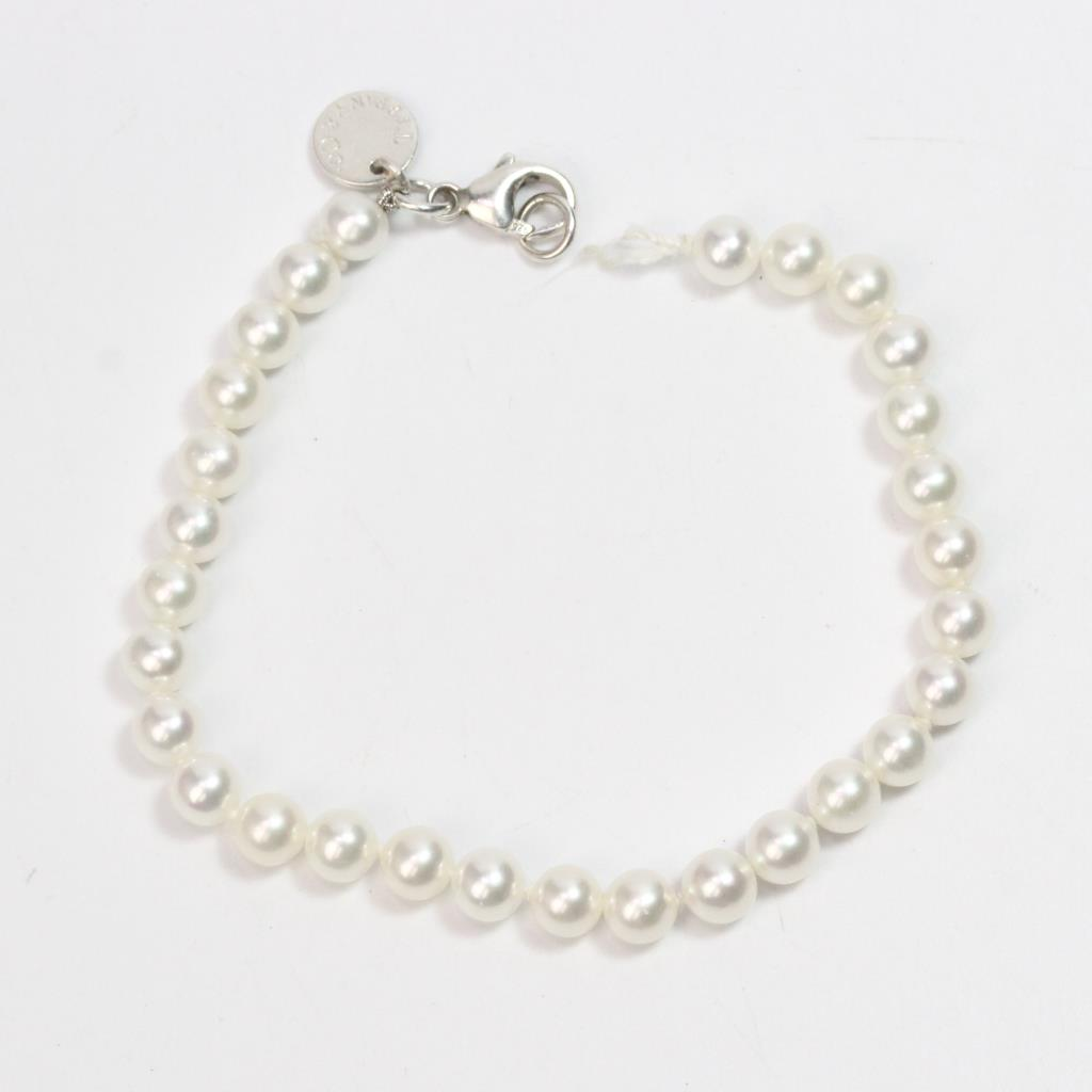 851a82e99 Image 1 of 3. Sterling Silver Clasp On 7.37g Tiffany & Co. Pearl Bracelet