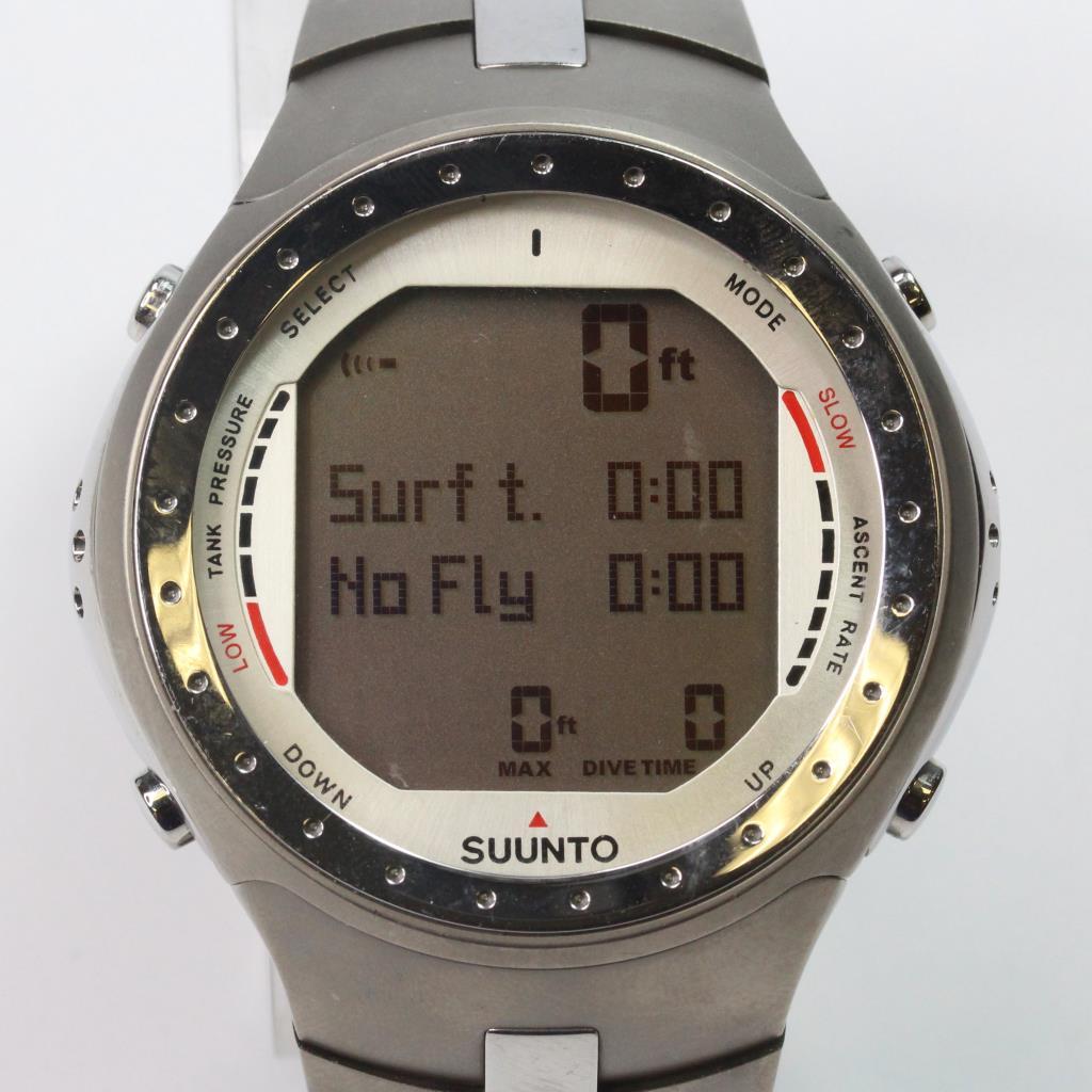 Suunto titanium d9 dive computer watch property room - Suunto dive watch ...