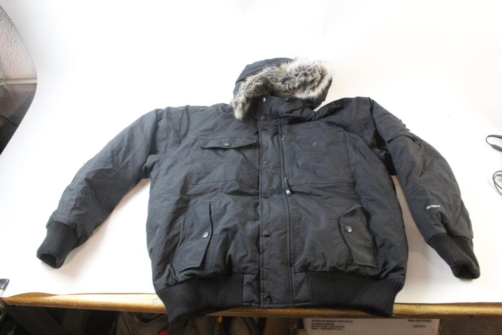 e66f243808c9 Image 1 of 2. The North Face Mens Winter Jacket